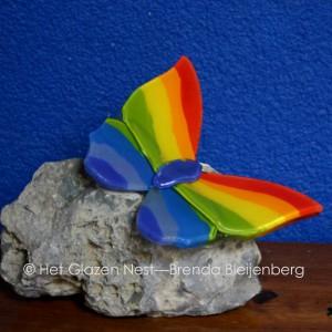 3a - regenbogen glas schmetterling - brendableijenberg - atelierhetglazennest